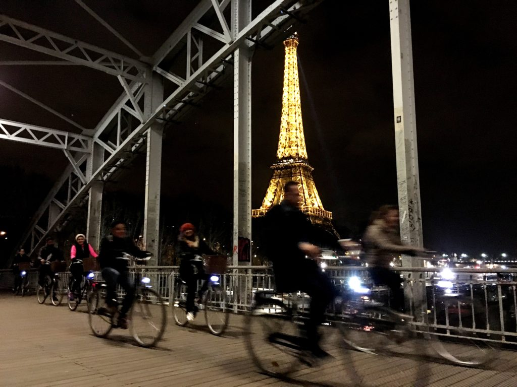 Fernanda Hinke; Midnight in Paris by Bike; Go Bike Paris